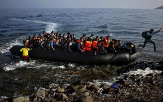 total-of-27-migrants-reaching-lesvos-put-in-quarantine