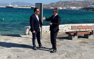 coronavirus-minister-aims-to-clamp-down-on-house-parties-on-greek-islands0