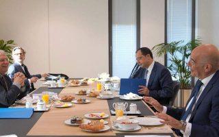 dendias-borrell-discuss-turkey-on-sidelines-of-eu-meeting