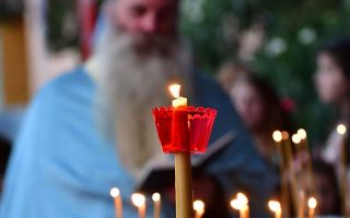 holy-synod-urges-churches-monasteries-to-adhere-to-health-rules