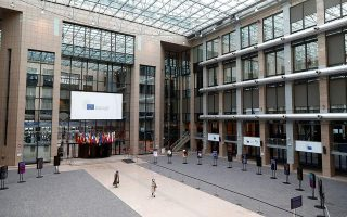 eu-leaders-groping-for-a-solution-to-recovery-fund-impasse