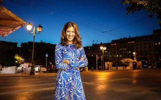 greece-gives-novelist-victoria-hislop-honorary-greek-citizenship