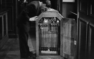 120-years-later-the-kinetoscope-returns-to-syros
