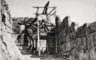 work-of-english-archaeologist-alan-wace-goes-digital