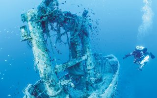 wwii-sub-wreck-in-ionian-sea-cleared-of-lost-nets