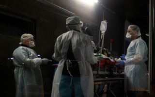 authorities-report-59-covid-19-deaths-400-patients-intubated0