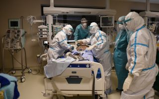 icus-under-pressure-with-346-intubated-patients
