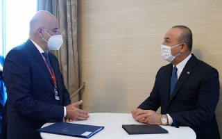 dendias-thanks-cavusoglu-for-courtesy-call0