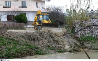 heavy-rain-causes-flooding-in-crete