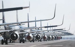 air-travelers-face-disruptions-due-to-work-stoppages