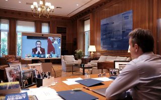 pm-tells-covid-19-teleconference-next-10-days-crucial-for-greece