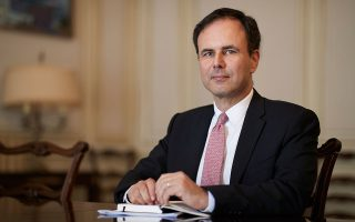 athens-in-talks-with-london-based-banks-over-post-brexit-moves-says-patelis0