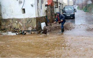 rainstorm-lashes-crete-sweeps-away-cars