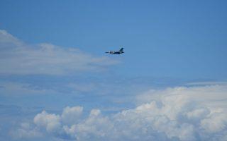turkish-fighter-jet-flies-over-samos