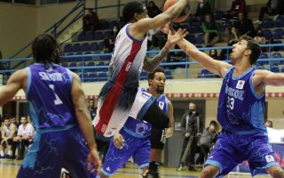 virus-overshadows-messolonghi-amp-8217-s-basketball-feats