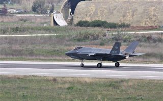 fighter-jets-to-fly-over-athens-in-annual-exercise