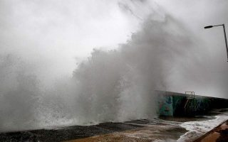 strong-winds-prevent-ferries-from-sailing-from-capital