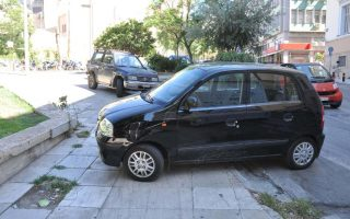 greek-drivers-disrespecting-disabled-ramps