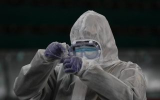 authorities-report-585-new-infections-28-deaths-from-covid-19