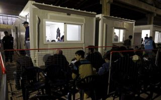 clashes-break-out-between-migrants-at-chios-camp0