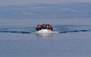 141-migrants-arrive-in-lesvos-on-monday