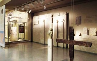 museum-vandals-get-four-year-sentences