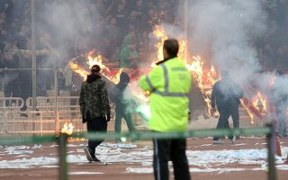 soccer-fan-loses-sight-in-eye-after-being-hit-by-riot-police