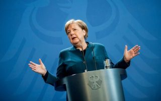 merkel-calls-for-eu-support-for-greece-over-moria