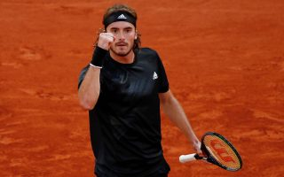 tsitsipas-recovers-from-slow-start-against-rublev-to-reach-semis