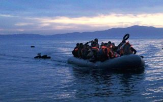 another-131-migrants-reach-greek-islands