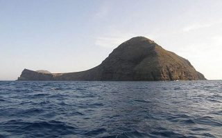 plan-introduced-to-address-possible-activation-of-santorini-volcano