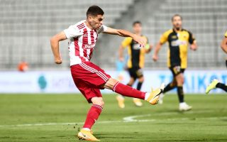 olympiakos-completes-the-double-beating-aek-in-cup-final0