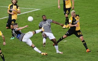 paok-snatches-draw-at-aek-aris-stays-on-top