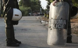 man-reported-killed-during-migrant-camp-brawl-north-of-athens