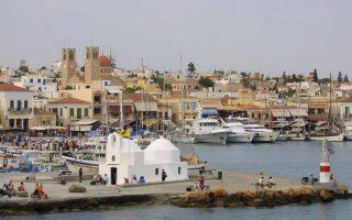 tourism-magnifies-problems