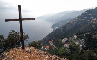 mount-athos-monk-dies-of-covid-19-six-monasteries-quarantined