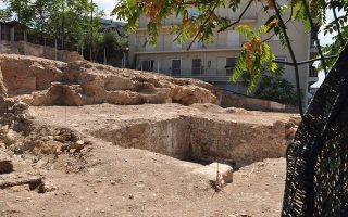 archaeologists-voice-alarm-over-artemis-agrotera-temple-in-athens