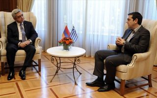 greek-pm-makes-fresh-appeal-to-migrants-to-opt-for-organized-camps