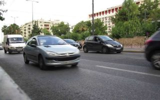 footbridges-to-be-built-over-busy-athens-roads