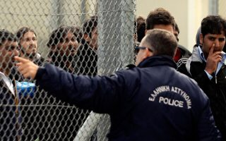 pakistan-refusing-to-let-30-migrants-deported-from-eu-off-plane