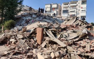 strong-aegean-sea-earthquake-topples-buildings-in-turkey