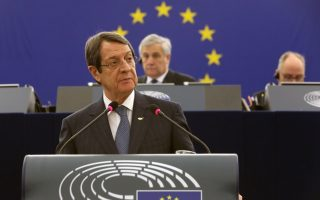 cyprus-president-urges-fairer-sharing-of-refugees-within-eu
