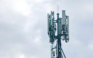 cosmote-vodafone-and-wind-to-compete-for-5g-frequencies