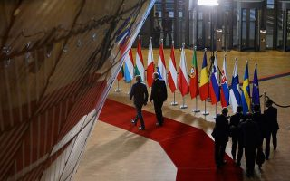 eu-turkey-to-review-migrant-deal-as-border-tensions-simmer0