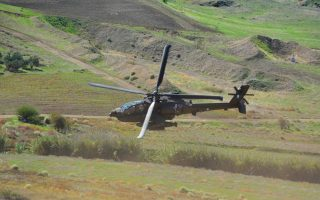 greek-helicopters-operate-in-east-med-during-exercise