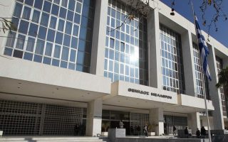 former-corruption-prosecutor-accuses-papangelopoulos-of-intervention