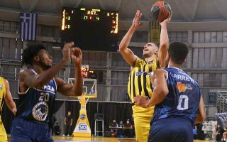 basket-league-relegation-battle-heats-up-as-aris-and-paok-win