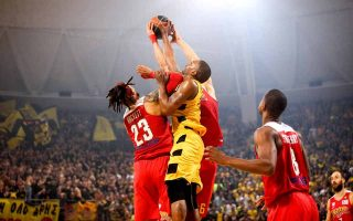 olympiakos-overcomes-aris-obstacle
