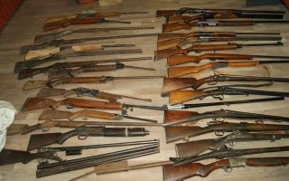 ioannina-man-arrested-over-large-weapons-cache