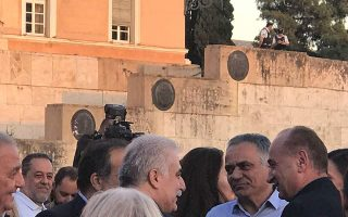 head-of-coast-guard-also-pictured-at-syriza-rally